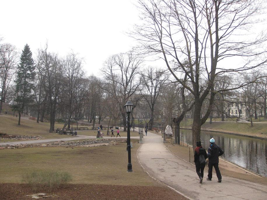 парк Бастейкалнс в Риге
