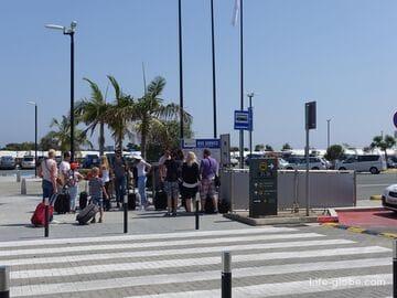 Как добраться в Полис из Пафоса (аэропорта, центра города и Корал-Бей)