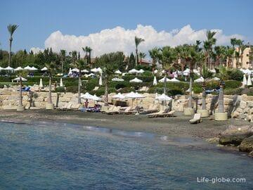 Пляж возле отеля Элизиум (Elysium), Пафос