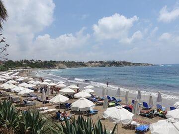 Пляж Корал-Бей, Кипр (Коралловый залив)
