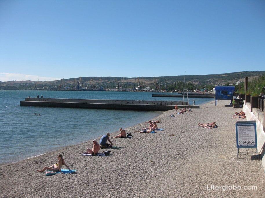 Пляжи Крыма - центральный пляж Феодосии