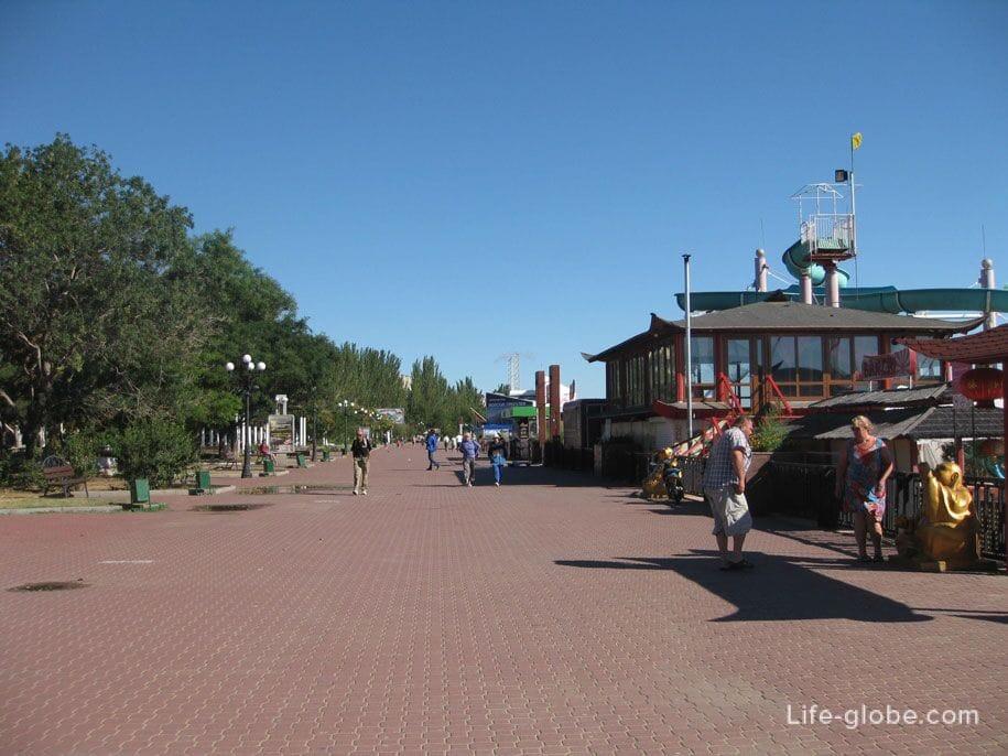 Центральная набережная Феодосии, Крым