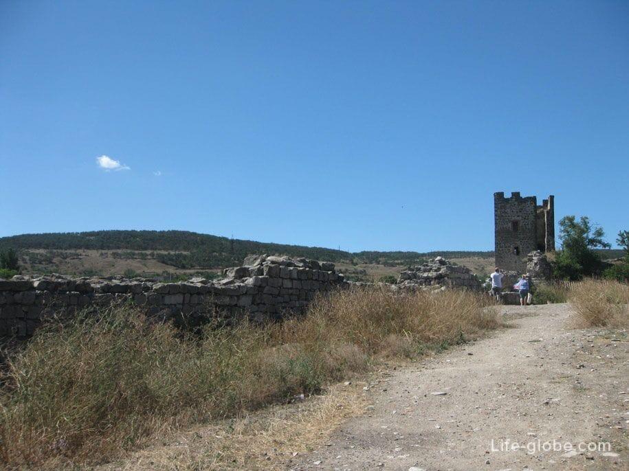 Генуэзская крепость, Феодосия, Крым
