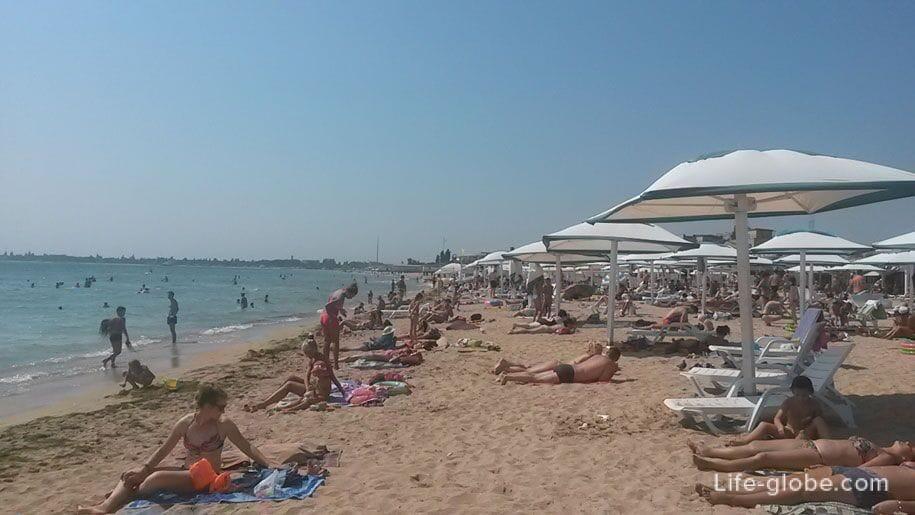 Пляж Лазурный берег, Евпатория, Крым