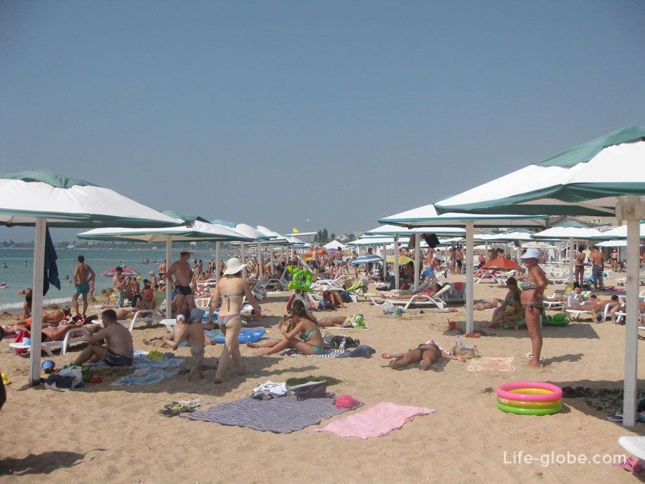 Самый чистый пляж Евпатории - Лазурный берег