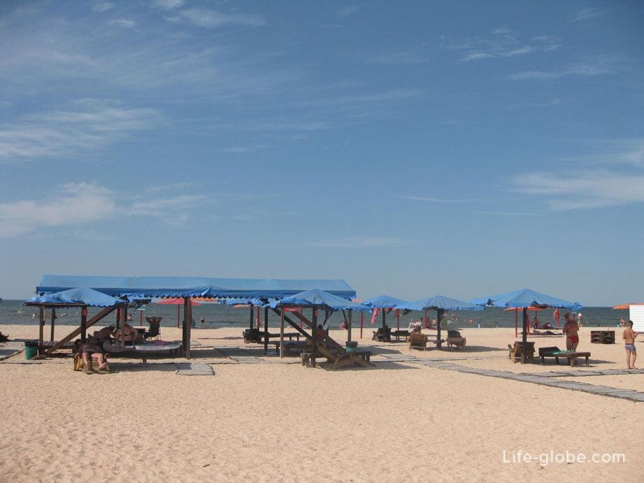 Пляж Оазис, Ачуево