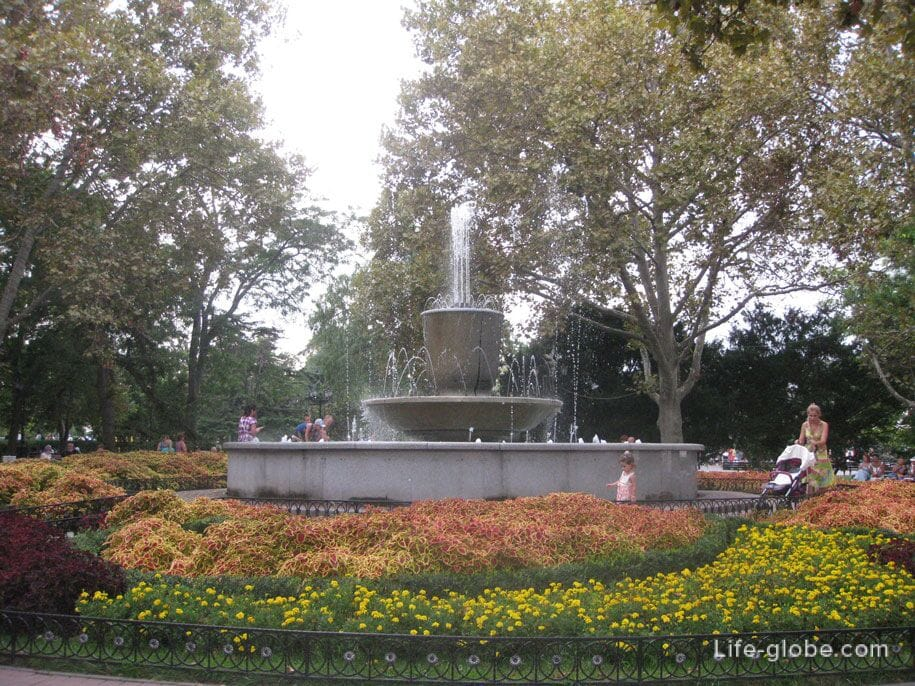 Музыкальный фонтан, Приморский бульвар, Севастополь