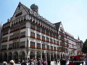 Дом «Красивой башни» в Мюнхене (Haus zum Schönen Turm)