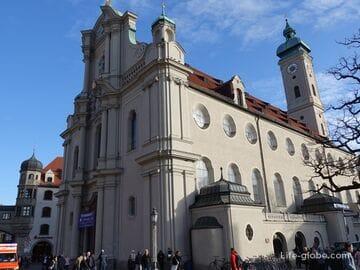Церковь Святого Духа, Мюнхен (Heiliggeistkirche)