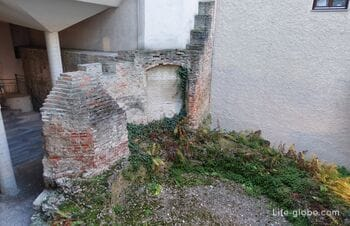 Remains of the Prince's Tower in Munich (Prinzessturm)