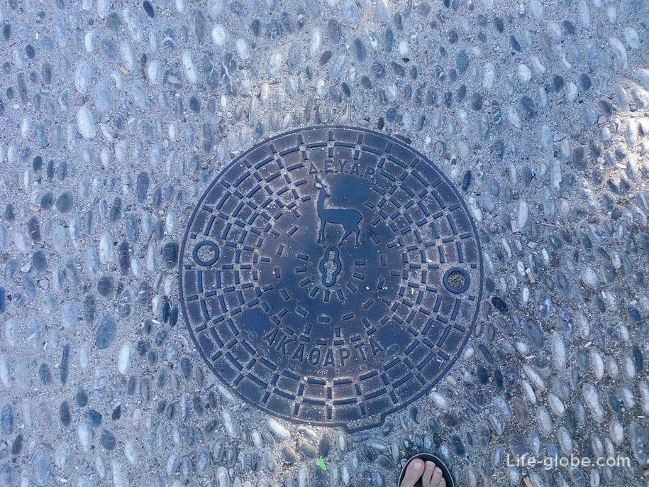 Олени - символ Родоса, Греция