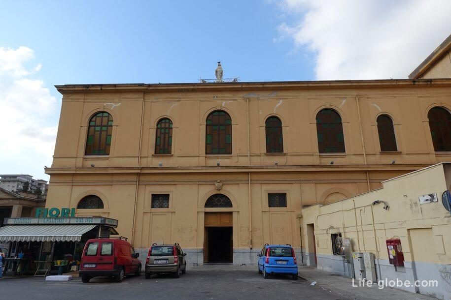Церковь Parrocchia Santa Maria della Pace