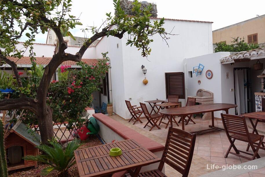 Budget Hotel In San Vito Lo Capo Conveniently Located La