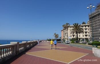 Corso Italia, Genoa - the main promenade of Genoa