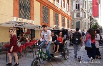 Streets of Garibaldi and Cairoli in Genoa (Via Garibaldi, Via Cairoli)