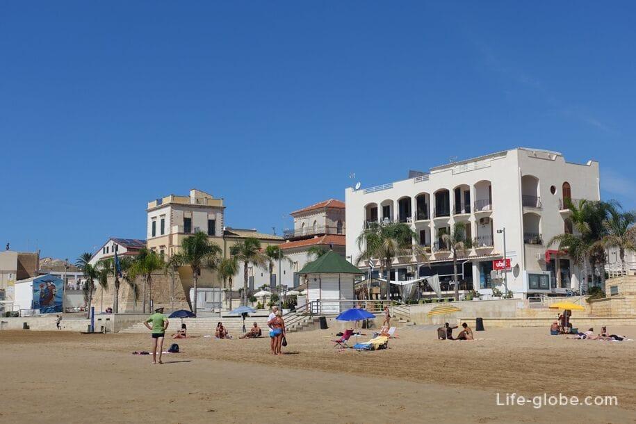 Beach Marina di Ragusa, Sicily, Italy