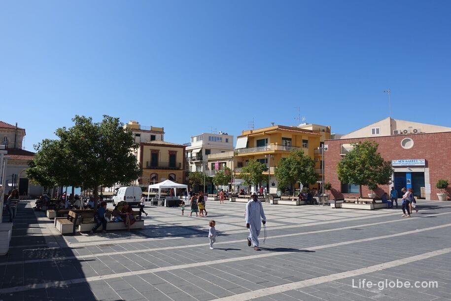 Площадь Duca degli Abruzzi, Марина ди Рагуза