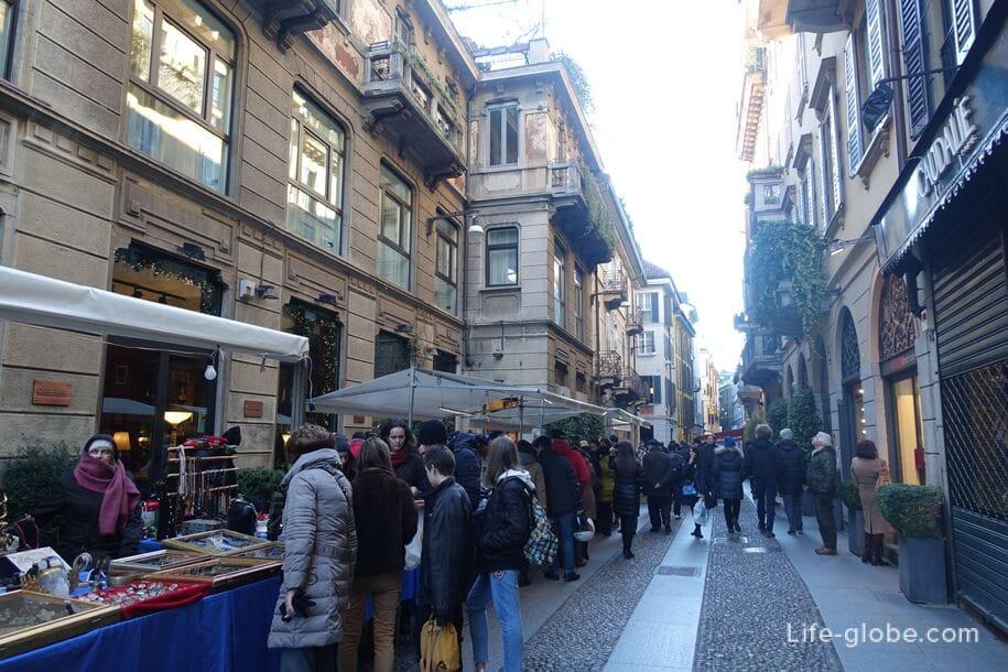 Улицы в квартале Брера, Милан