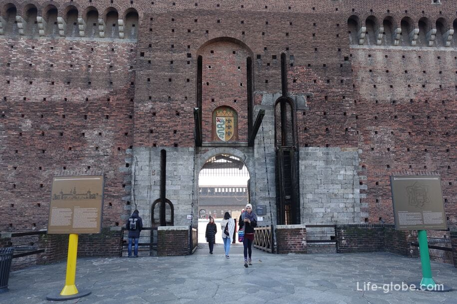 Right Entrance to Sforza Castle, Milan
