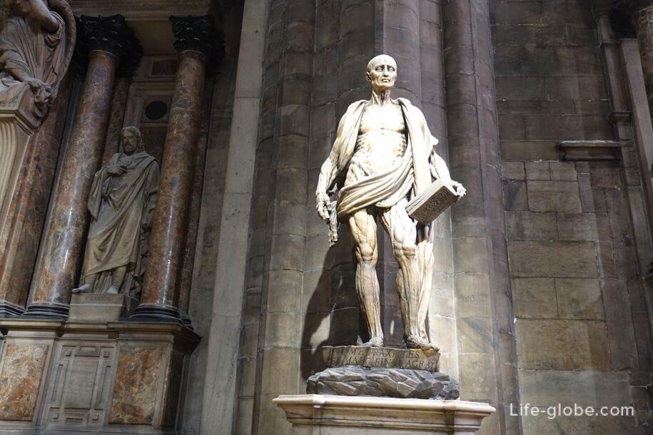 Статуя святого Варфоломея, Миланский собор