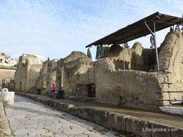Геркуланум (Herculaneum) - археологический парк (Parco Archeologico di Ercolano)