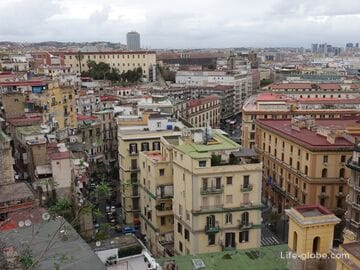 Pizzofalcone, Naples: the most winding street of the city and panoramic views