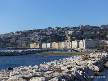Coast of Naples: beaches, promenades, marinas. Posillipo hill