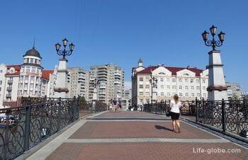 Юбилейный мост в Калининграде - пешеходный разводной мост у Рыбной деревни