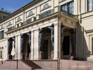 Атланты в Санкт-Петербурге - портик нового Эрмитажа (Новый Эрмитаж)