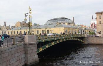 Panteleimonovsky bridge in Saint Petersburg, across the Fontanka
