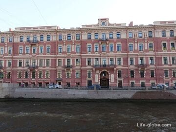 Доходный дом и народные бани Воронина (Фонарные бани) в Петербурге, набережная Мойки 80-82