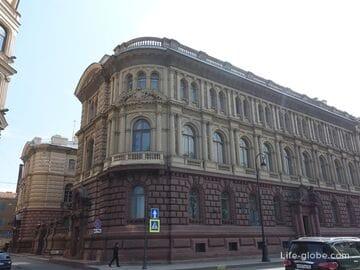 Дворец Михаила Михайловича (Мало-Михайловский дворец) в Санкт-Петербурге