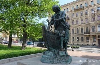 Царь-плотник в Санкт-Петербурге - памятник Петру I