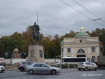 Площадь Александра Невского в Петербурге (памятник Александру Невскому)