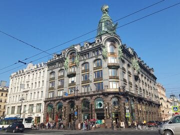 Дом Зингера в Санкт-Петербурге (Дом книги)