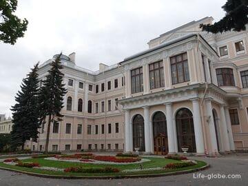 Аничков дворец и сад, Санкт-Петербург