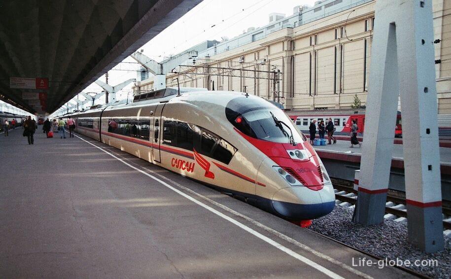 Московский вокзал какая станция метро спб