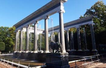 Фонтан Львиный каскад в Петергофе (Санкт-Петербург)