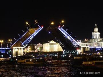 Развод мостов в Санкт-Петербурге (разводка мостов, разведение мостов)