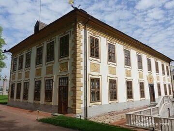 Летний дворец Петра I в Санкт-Петербурге (дворец в Летнем саду)