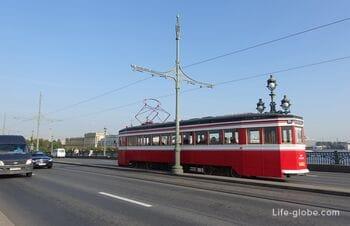 Туристический экскурсионный трамвай (Т1) в Санкт-Петербурге