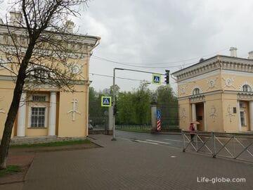 Московские ворота в Пушкине, Санкт-Петербург (Царское Село). Музей в кордегардиях ворот