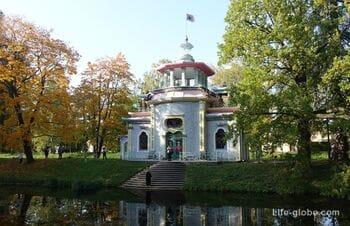Скрипучая беседка (Китайская беседка) в Екатерининском парке, Царское Село (Пушкин, Санкт-Петербург)