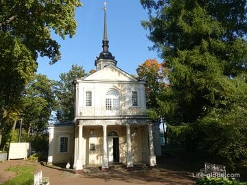 Знаменская церковь в Пушкине, Санкт-Петербург - первая церковь Царского Села
