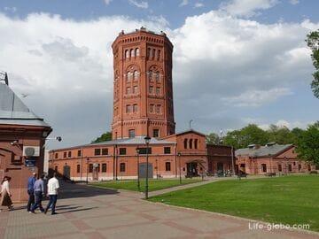 Вселенная воды, Санкт-Петербург - сад с водонапорной башней и музейным комплексом «Мир воды»