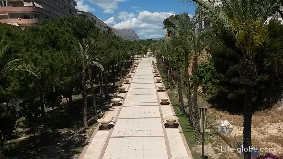Парк Л'Айгуэра, Бенидорм