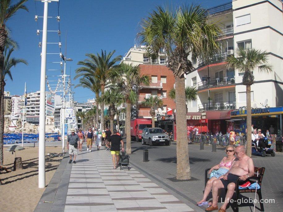 Пляжи Бенидорма - набережная, пляж Леванте
