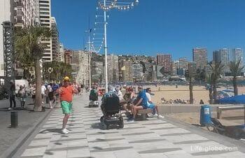 Levante beach (Playa de Levante) - the hangout beach