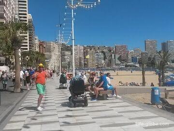 Пляж Леванте (Playa de Levante) - самый тусовочный пляж Бенидорма