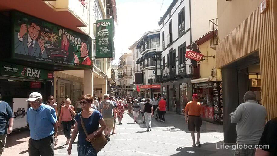 Шоппинг улица в Бенидорме, Старый город